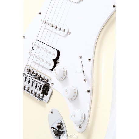 Squier by Fender Bullet Strat RW HSS AWT